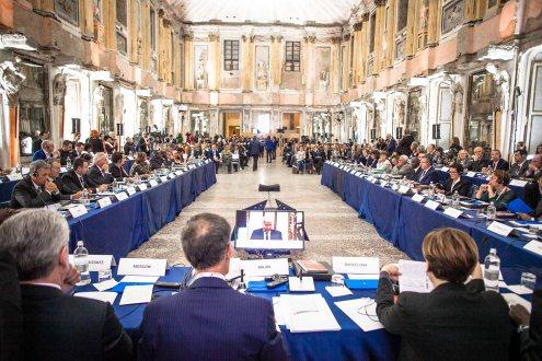 Cerimonia nella Sala delle Cariatidi al Palazzo Reale