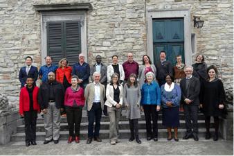 Foto di gruppo degli stakeholder presenti.